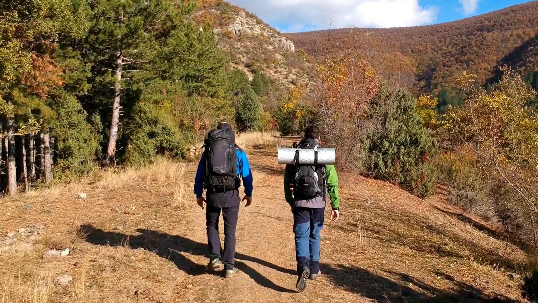на преход с палатки в планината