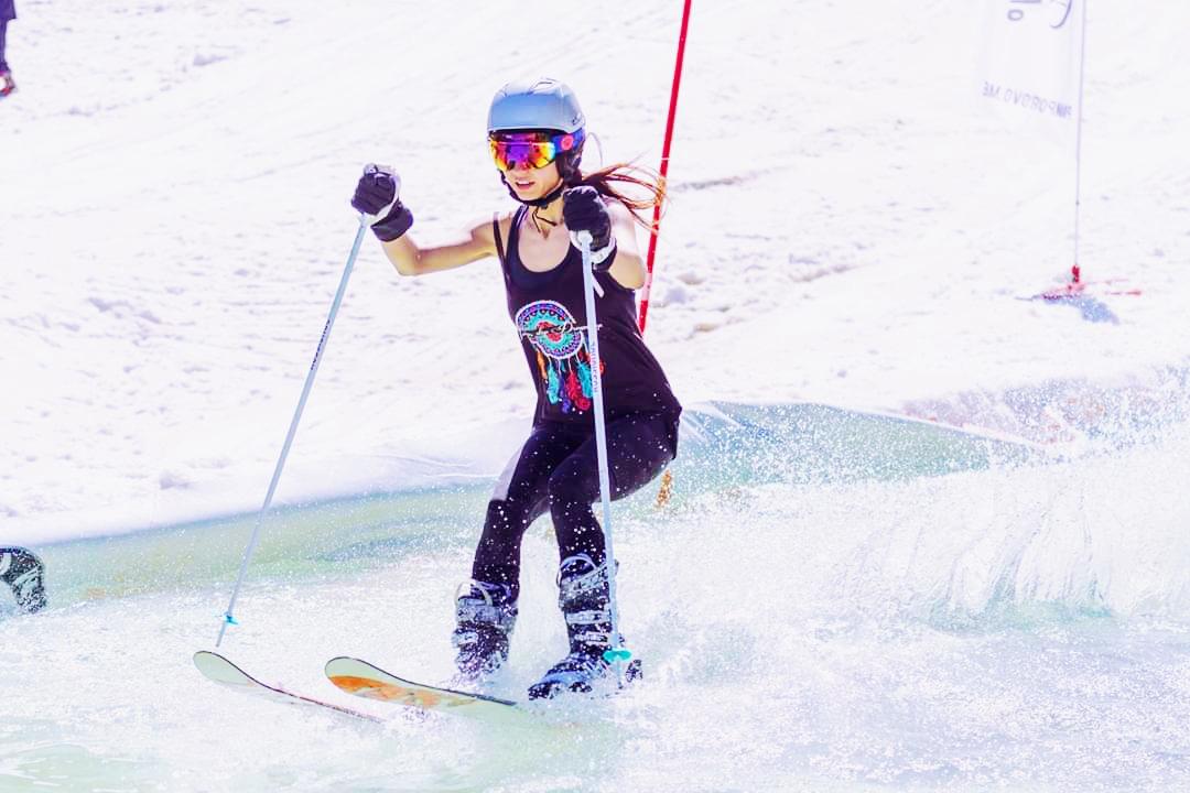 teodora petrova instagram blogger ski surfing